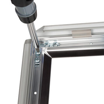 Cornice a scatto pieghevole in alluminio
